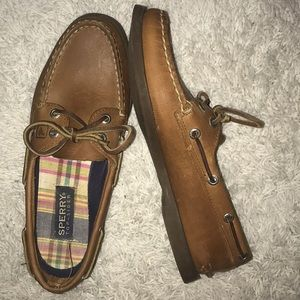Sperry Topsider Boat Shoes!